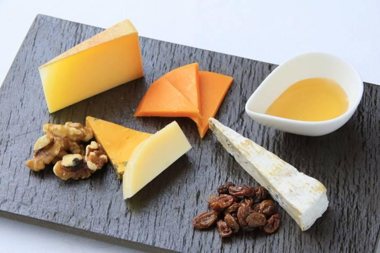 道産ワインとチーズ